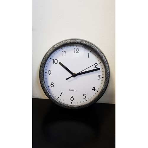Часовник метал