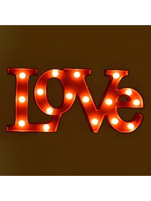 СТЕННА ДЕКОРАЦИЯ 'LOVE'