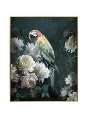 Маслена картина със златна рамка с папагали